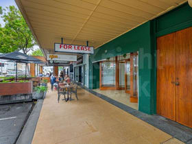 Showrooms / Bulky Goods commercial property for lease at 124 East Street Rockhampton City QLD 4700