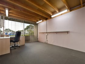 Factory, Warehouse & Industrial commercial property for lease at 4/92 Watt Road Mornington VIC 3931