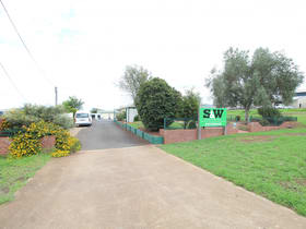 Industrial / Warehouse commercial property for lease at 13 Sowden Street Toowoomba QLD 4350