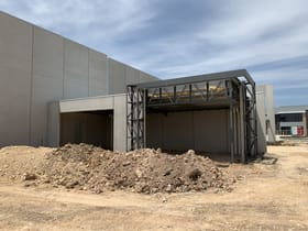 Industrial / Warehouse commercial property for lease at 20 Rainier Crescent Clyde North VIC 3978