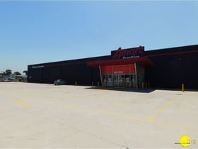Shop & Retail commercial property for lease at Unit 3-4/254 Ballarat Road Braybrook VIC 3019