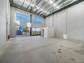 Factory, Warehouse & Industrial commercial property for lease at 7 Carpenter  Close Cranbourne West VIC 3977