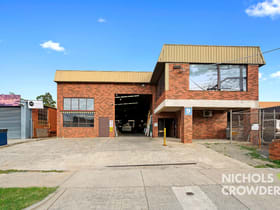 Showrooms / Bulky Goods commercial property for lease at 9 Dissik Street Cheltenham VIC 3192
