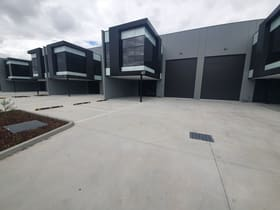 Factory, Warehouse & Industrial commercial property for lease at 4/27 Industrial Circuit Cranbourne West VIC 3977