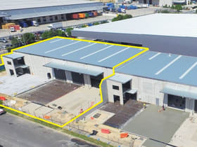Showrooms / Bulky Goods commercial property for lease at 27-29 Ironstone Road Berrinba QLD 4117