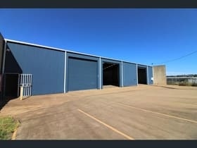 Showrooms / Bulky Goods commercial property for lease at 20a Jones Street Harlaxton QLD 4350