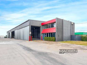 Showrooms / Bulky Goods commercial property for lease at 34 Reginald Street Rocklea QLD 4106