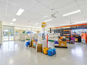 Factory, Warehouse & Industrial commercial property for lease at 264-274 Denison Street Rockhampton City QLD 4700