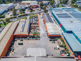 Factory, Warehouse & Industrial commercial property for lease at 120 - 122 Warren Road Smithfield NSW 2164