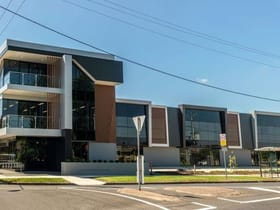 Showrooms / Bulky Goods commercial property for lease at 98-100 Derby Street Pascoe Vale VIC 3044