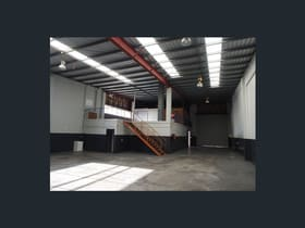Factory, Warehouse & Industrial commercial property for lease at 2/7 Central Court Hillcrest QLD 4118