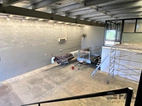 Showrooms / Bulky Goods commercial property for lease at Unit 2/235 Monier Road Darra QLD 4076