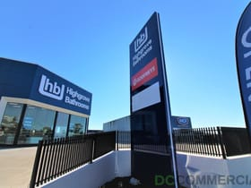 Showrooms / Bulky Goods commercial property for lease at 1/233-237 James Street Toowoomba QLD 4350