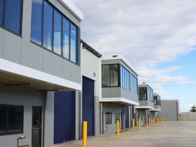 Showrooms / Bulky Goods commercial property for lease at 13-15 Baker Street Banksmeadow NSW 2019
