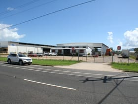 Showrooms / Bulky Goods commercial property for lease at 92-94 Aumuller Street Portsmith QLD 4870