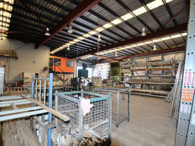 Showrooms / Bulky Goods commercial property for sale at 3351 Pacific Hwy Slacks Creek QLD 4127