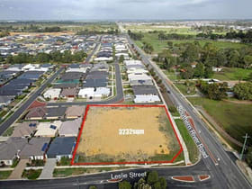 Showrooms / Bulky Goods commercial property for sale at 369 Leslie Street Southern River WA 6110