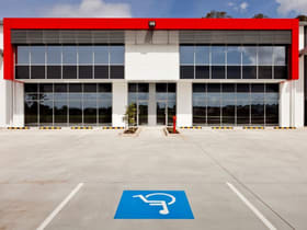 Showrooms / Bulky Goods commercial property for sale at 368 Earnshaw Road Banyo QLD 4014