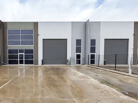 Industrial / Warehouse commercial property for sale at 55 Maida Avenue Sunshine North VIC 3020