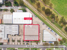 Showrooms / Bulky Goods commercial property for lease at Springvale VIC 3171