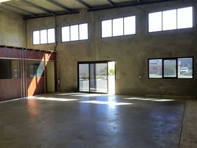 Industrial / Warehouse commercial property sold at 1/3 Hopetoun Place Welshpool WA 6106