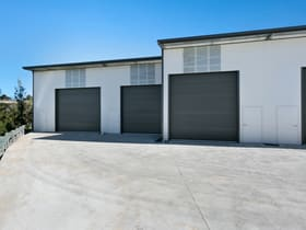 Showrooms / Bulky Goods commercial property for sale at 8 Weakleys Drive Thornton NSW 2322