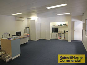 Offices commercial property for lease at 2/16 Redcliffe Gardens Drive Clontarf QLD 4019