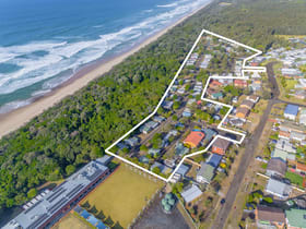 Hotel / Leisure commercial property for sale at EAST'S OCEAN SHORES/32 Manning Street Manning Point NSW 2430