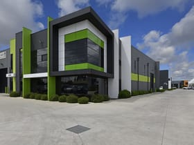 Industrial / Warehouse commercial property for sale at 4/2-22 Kirkham Road West Keysborough VIC 3173
