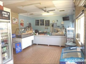 Retail commercial property for sale at 6/57 Gordon Road Greenfields WA 6210