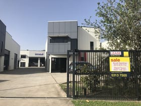 Industrial / Warehouse commercial property for sale at 1/18 Claude Boyd Parade Bells Creek QLD 4551