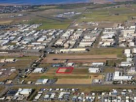 Industrial / Warehouse commercial property for sale at 89 Maggiolo Drive Paget QLD 4740