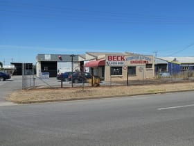 Showrooms / Bulky Goods commercial property for sale at 10 Westport Road Edinburgh North SA 5113
