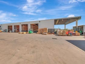Industrial / Warehouse commercial property for sale at Callemondah QLD 4680