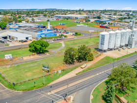 Factory, Warehouse & Industrial commercial property for sale at 186a Anzac Avenue Harristown QLD 4350