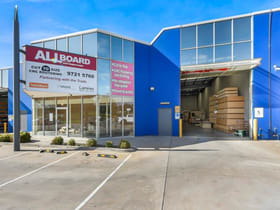 Industrial / Warehouse commercial property for sale at Unit 4/151-155 Princes Highway Hallam VIC 3803
