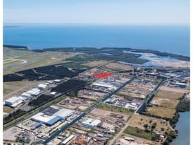 Industrial / Warehouse commercial property for sale at 215 Dutton Road Pinkenba QLD 4008