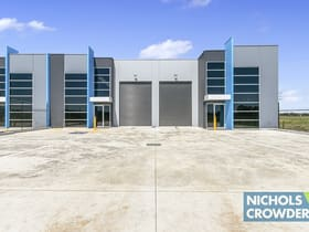 Industrial / Warehouse commercial property for sale at 1-8/5-11 Lonhro  Boulevard Cranbourne West VIC 3977
