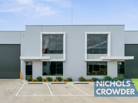 Industrial / Warehouse commercial property for sale at 17 Progress  Drive Carrum Downs VIC 3201