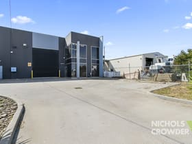 Factory, Warehouse & Industrial commercial property for sale at 2/38 Frankston Gardens Drive Carrum Downs VIC 3201