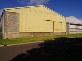 Industrial / Warehouse commercial property for sale at 10 Makepeace Street North Toowoomba QLD 4350