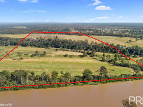 Rural / Farming commercial property for sale at 31 Mungar Road Oakhurst QLD 4650
