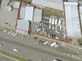Showrooms / Bulky Goods commercial property for sale at 315-321 Mulgrave Road Bungalow QLD 4870
