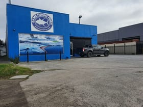 Showrooms / Bulky Goods commercial property for lease at 1/303 Boundary Road Braeside VIC 3195