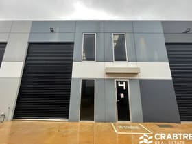 Factory, Warehouse & Industrial commercial property for sale at 7 Carpenter  Close Cranbourne West VIC 3977