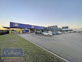 Showrooms / Bulky Goods commercial property for sale at 1-3 Woodman Court West End QLD 4810