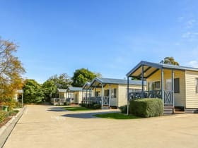 Hotel, Motel, Pub & Leisure commercial property for sale at Metung VIC 3904