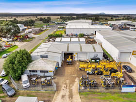 Factory, Warehouse & Industrial commercial property for sale at 10 Daveyduke Drive Wendouree VIC 3355