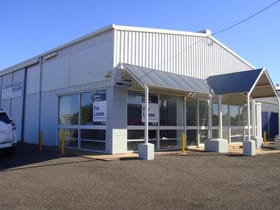 Industrial / Warehouse commercial property for lease at 90 Raglan Street (cnr Raglan & Spencer Sts) Roma QLD 4455