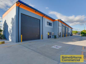 Industrial / Warehouse commercial property sold at 11/11 Forge Close Sumner QLD 4074